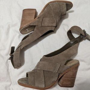 NIB Marc Fisher Valen suede strappy stacked heel